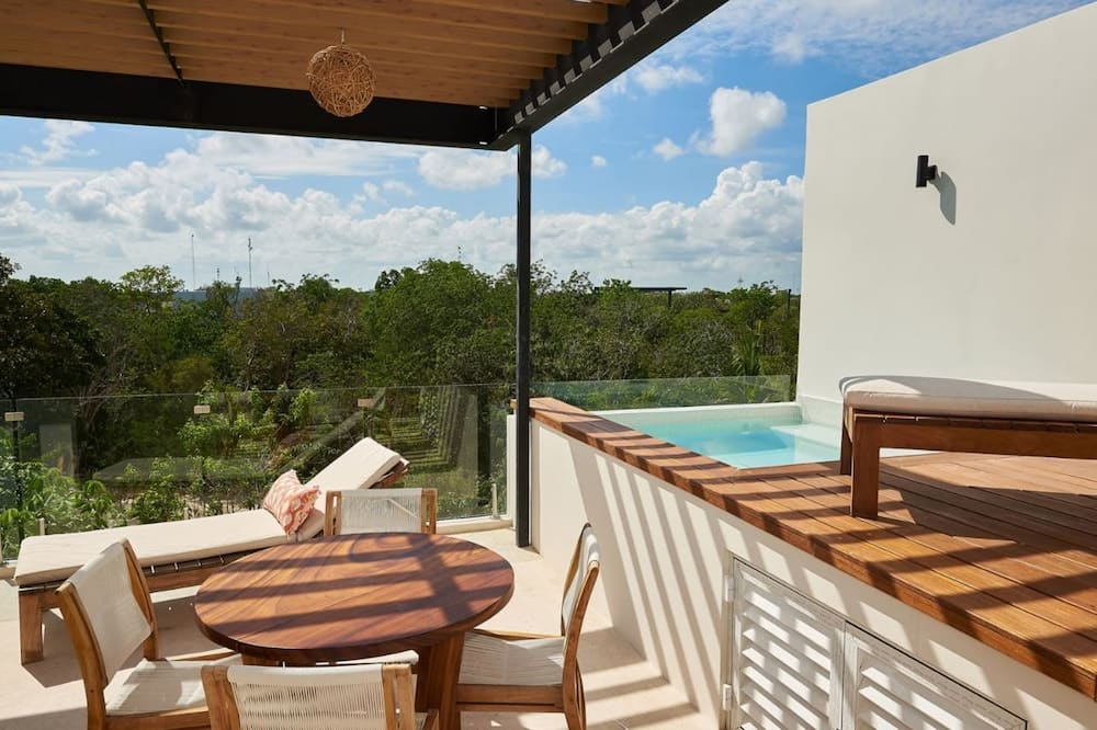 Deluxe Penthouse - Terrace/Patio