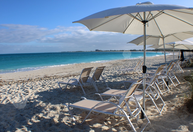THE ALL NEW GRACE BAY SUITES, Providenciales-sziget, Strand