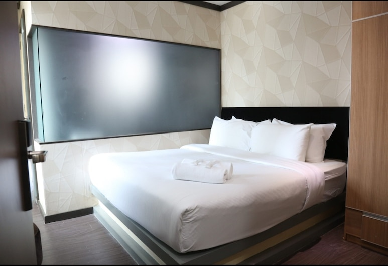 Vivids Hotel, Kuala Lumpur, Deluxe King Room, Guest Room