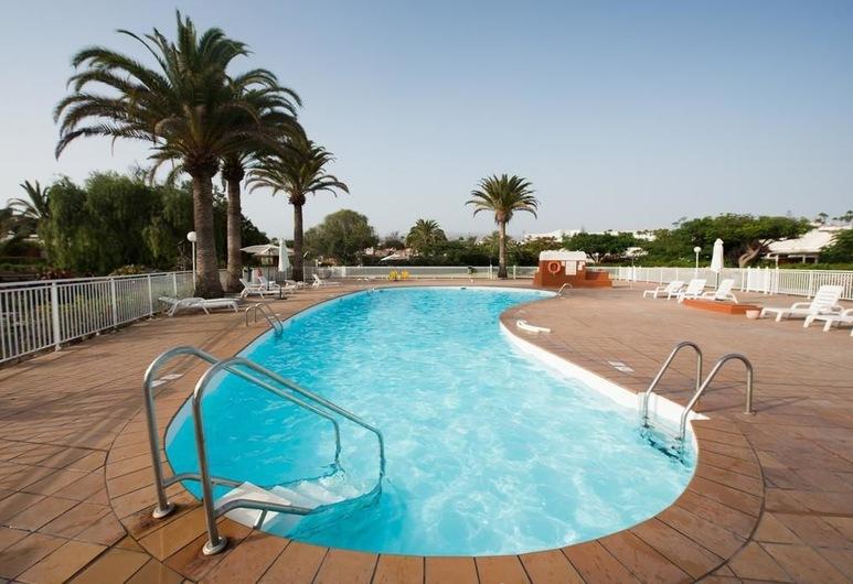 Bungalows Los Melocotones, San Bartolome de Tirajana, Outdoor Pool