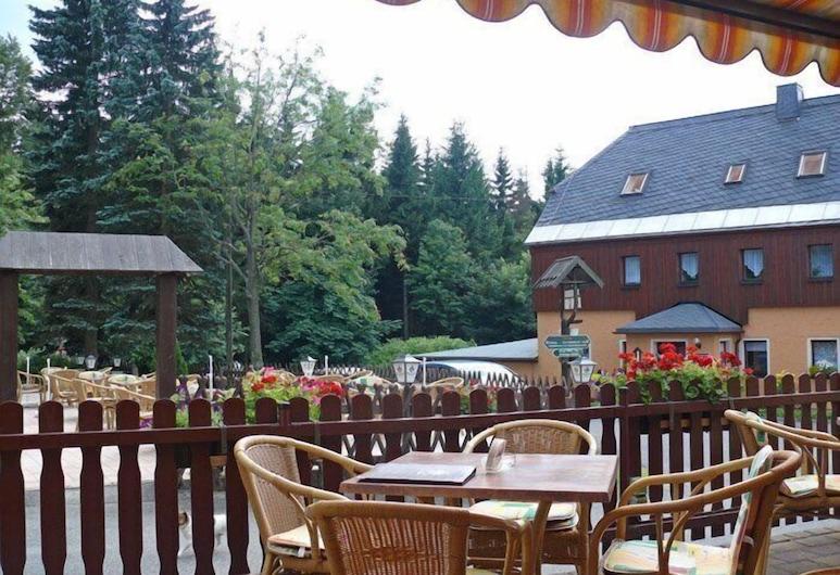 Fischerbaude Holzhau, Rechenberg-Bienenmühle, Obiekty restauracyjne na zewnątrz