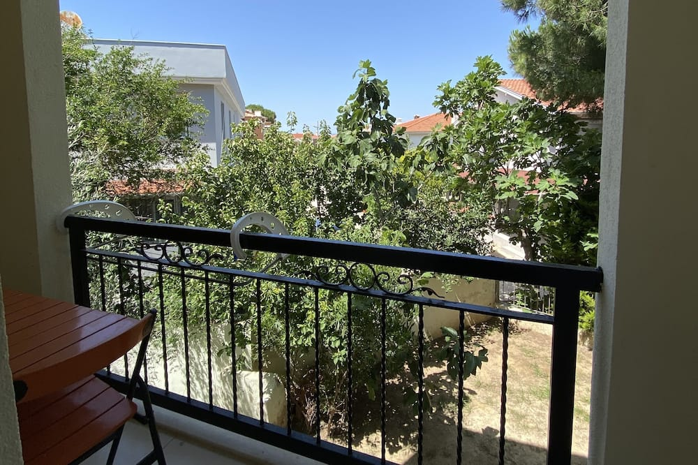 Cift Kisilik veya Iki Ayri Yatakli Oda - Balcony View