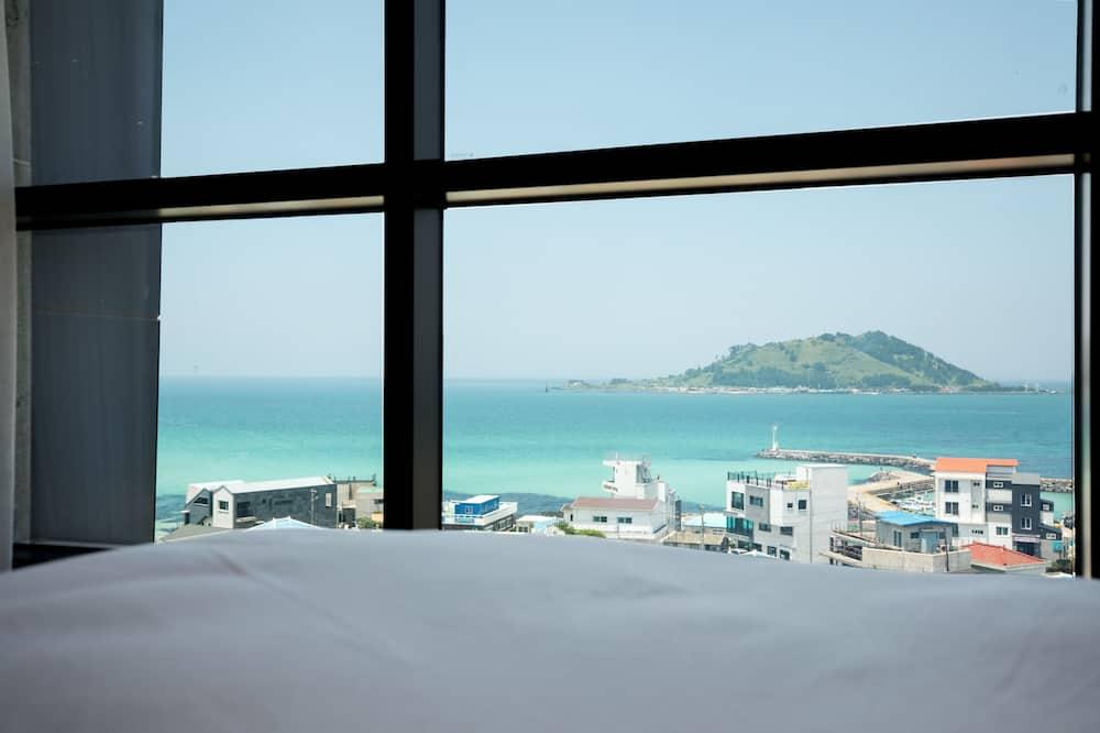 Classic Suite, 1 Bedroom, Ocean View, Beachside - Guest Room View