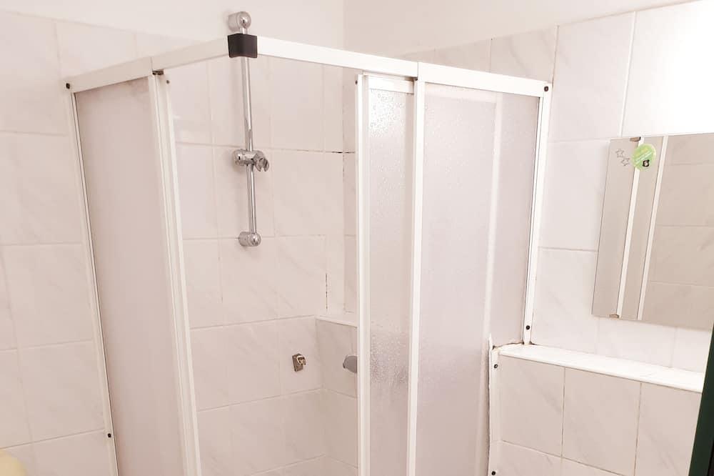 Basic Twin Room - Bathroom
