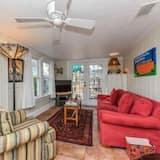 Cottage, 2 Bedrooms - Living Room