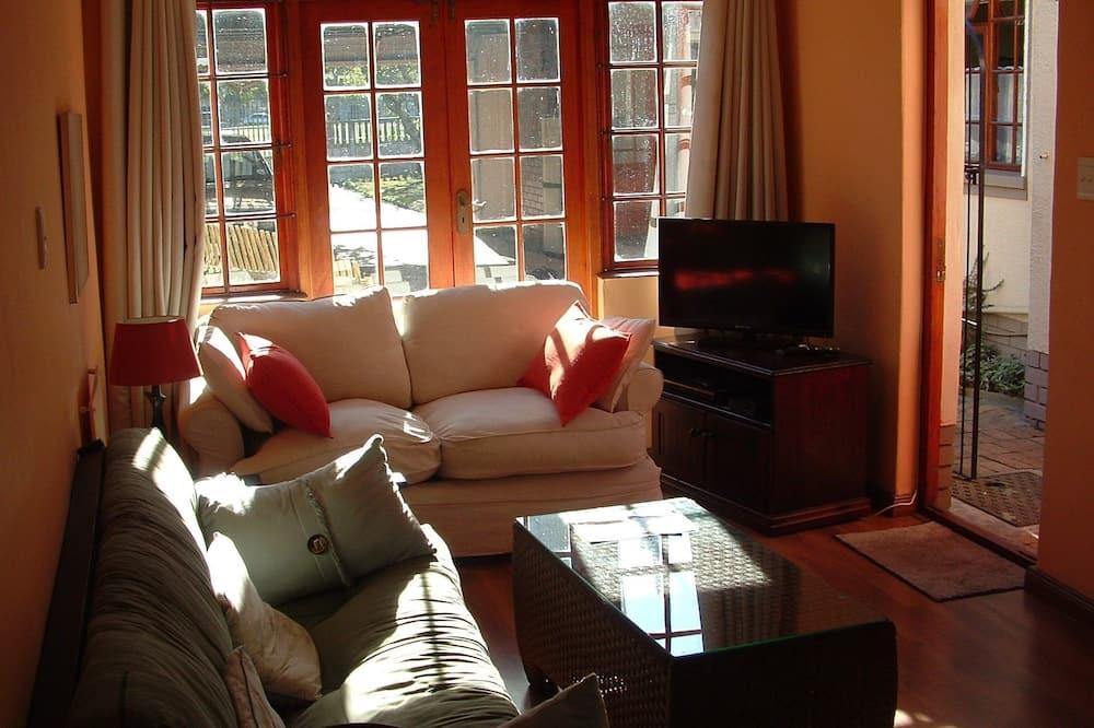 Comfort Cottage (Protea) - Ruang Tamu