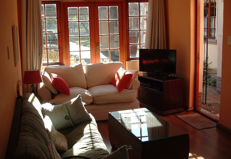 Abide with Us, Cape Town, Comfort Cottage (Protea), Living Area