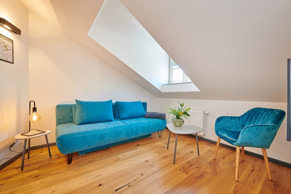 Familie-dobbeltværelse - Opholdsområde