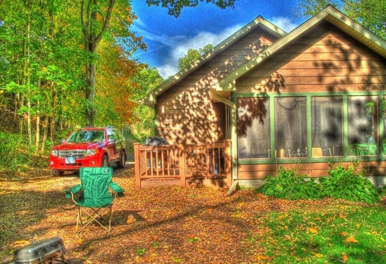 Luxury Cabins for Couples and Families to Get-away, Knoxville, Exterior