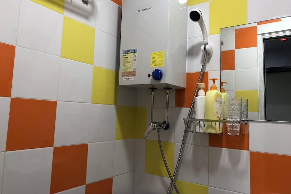 Keturvietis kambarys su patogumais - Vonios kambarys