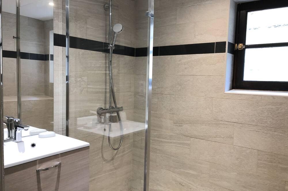 Comfort Cottage, Ensuite, Mountain View (2 épis Gite de France) - Bathroom