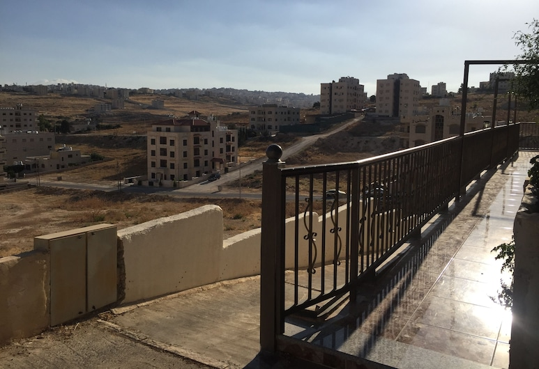 Atef Qassim, Amman