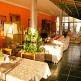 Bungalow With one Bedroom in Valhondo, With Wonderful sea View, Shared Pool, Enclosed Garden - 8 km From the Beach