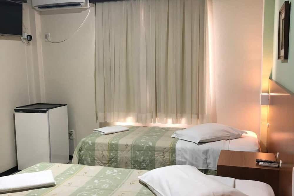 Luxury Apartment, 2 Twin Beds - Guest Room