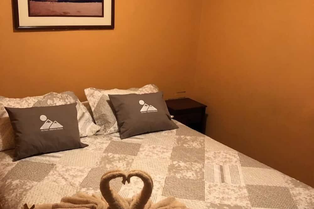 Economy Triple Room - Guest Room