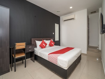 Picture of OYO 1167 Rest & Go Hotel, Klang in Klang