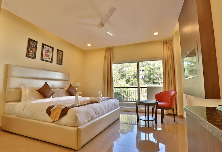 MJ Hills by Opulence Hotels, Rishikesh, Family Studio Suite, Guest Room