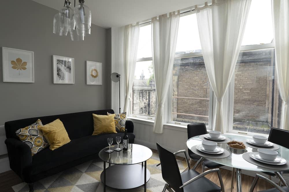 Apartmán, 1 ložnice (1) - Obývací pokoj