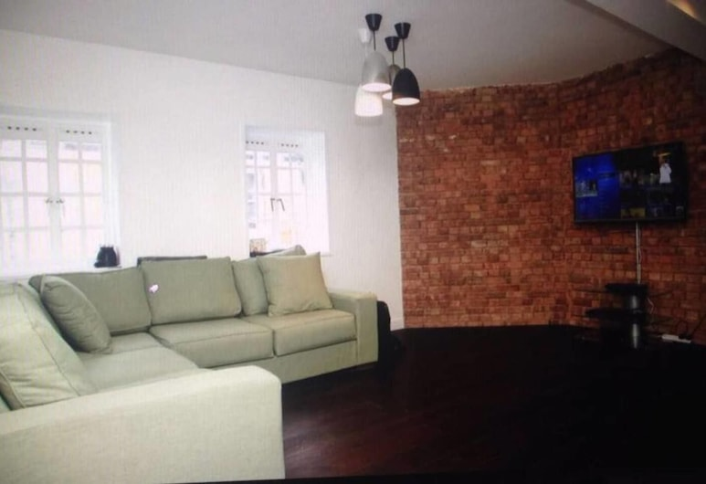 Perfect Spacious Apartment in the Heart of London!, London
