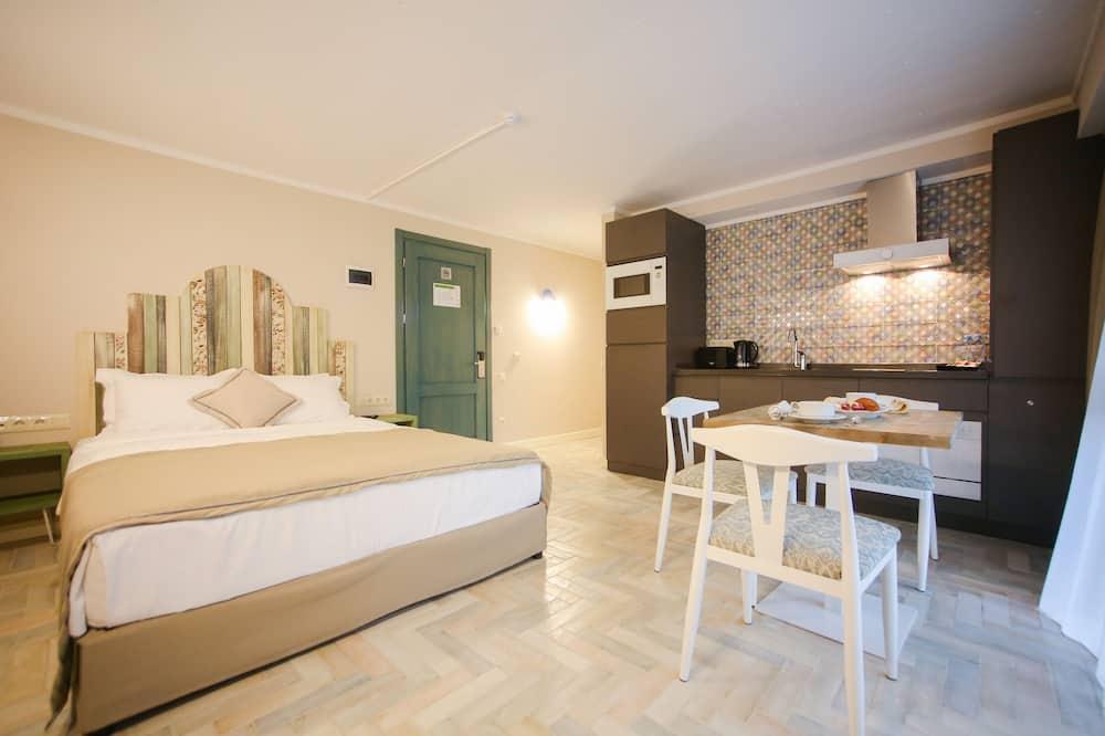 Standard Διαμέρισμα, 1 Υπνοδωμάτιο, Μη Καπνιστών, Θέα στην Αυλή - Περιοχή καθιστικού