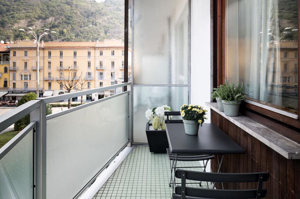 Luxury Apartment, Terrace, Lake View (Cavour) - Balcony