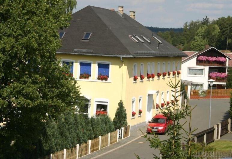 Hotel Garni Alte Schule, טרוגן