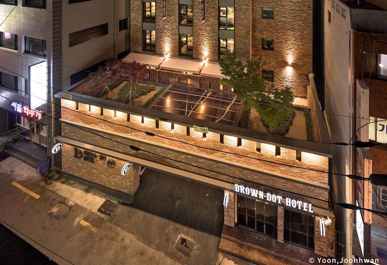 棕點飯店 - 西面, 釜山