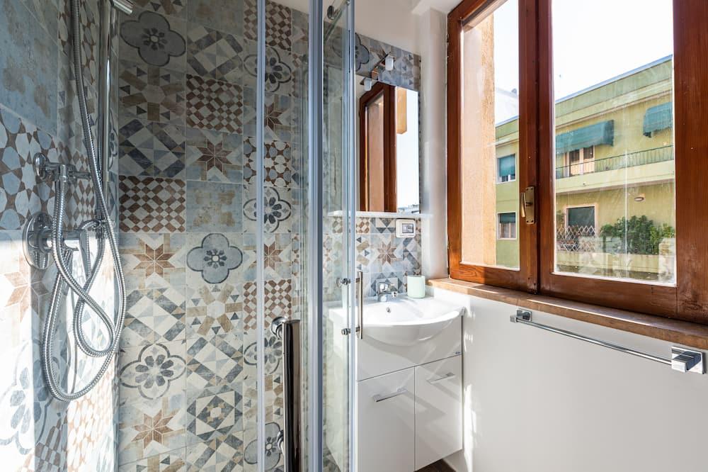 Čtyřlůžkový pokoj typu Deluxe, soukromá koupelna (3) - Koupelna