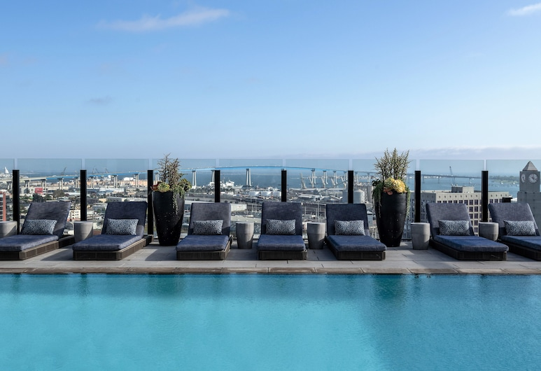Stay Alfred at Alexan ALX, San Diego, Rooftop Pool
