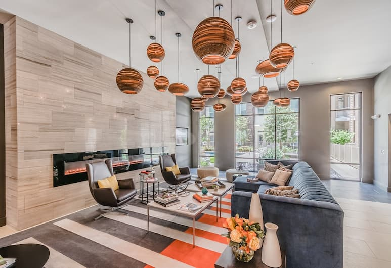 Magnolia Lux Condos by Barsala, Fort Worth, Lobby Sitting Area