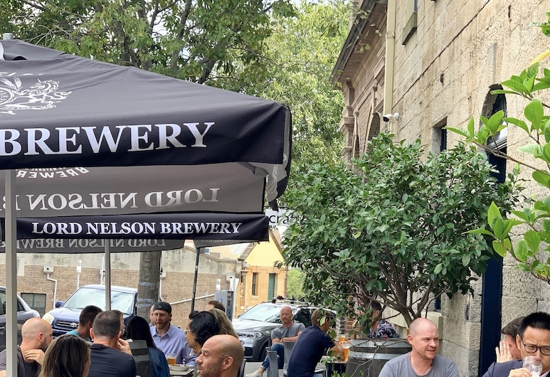 The Lord Nelson Brewery Hotel, Millers Point, Fasada hotelu