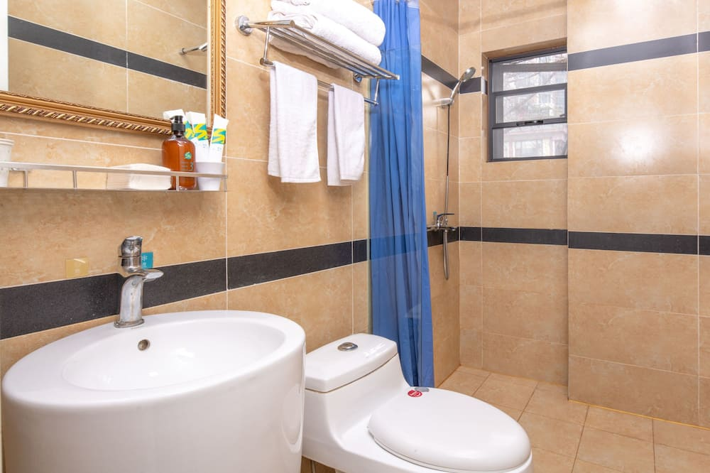 Family Room (Mainland Chinese Citizen Only) - Bathroom