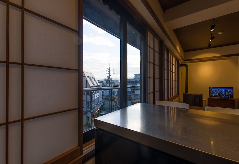 Tanuki Luxury Apartments, Nozawaonsen, Tanuki 2 Bedroom Apartment L3, Room