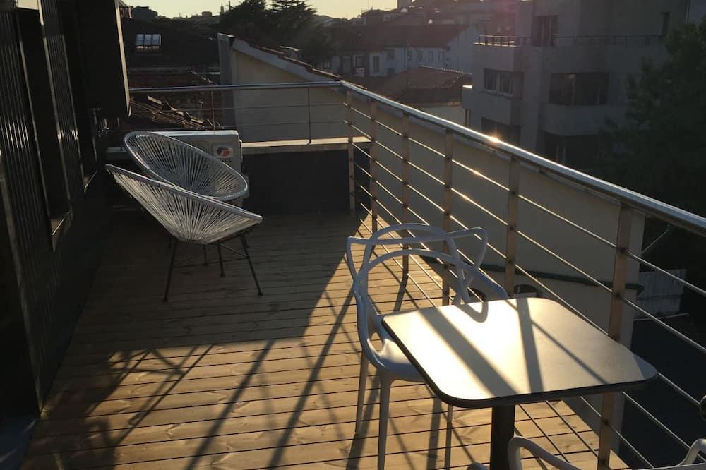 Design Studio - Balcony