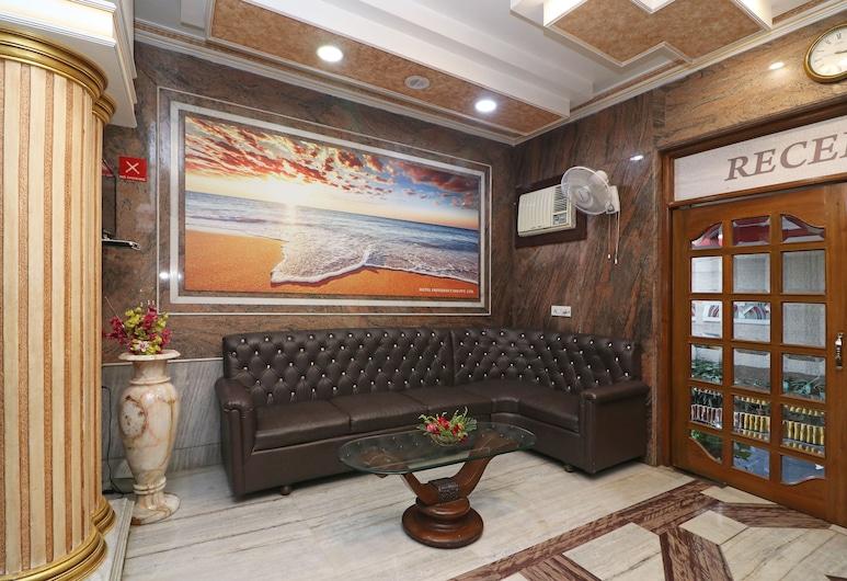 Capital O Hotel Presidency Inn, Kalkutta, Sitzecke in der Lobby