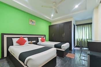 Picture of Capital O 36115 Royal Grand Inn in Hyderabad