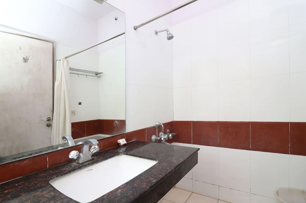 Dobbeltværelse med dobbeltseng eller 2 enkeltsenge - Boblebad