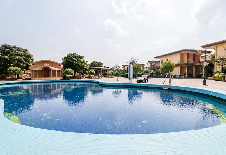 OYO 8187 Haailand Resort & Theme Park, Mangalagiri, Outdoor Pool