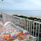 Apartment With 2 Bedrooms in Malgrat de Mar, With Wonderful sea View, Pool Access and Enclosed Garden - 400 m From the Beach
