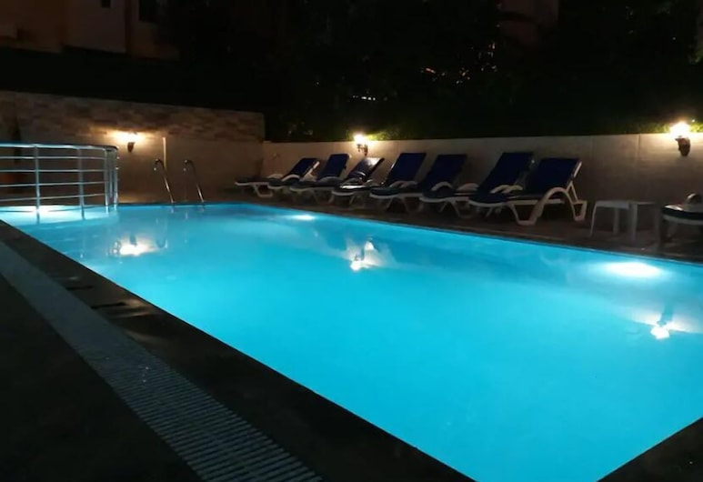 Konyaalti Beach apartment 423, Konyaalti, Pool