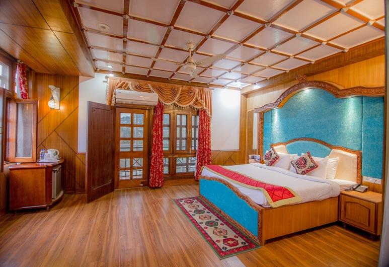 Beyond Stay Karnika Dharamshala, Daramšala, Keturvietis kambarys šeimai, Svečių kambarys