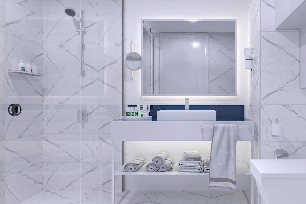 Studio Suite, Sea View, Beachfront - Bathroom