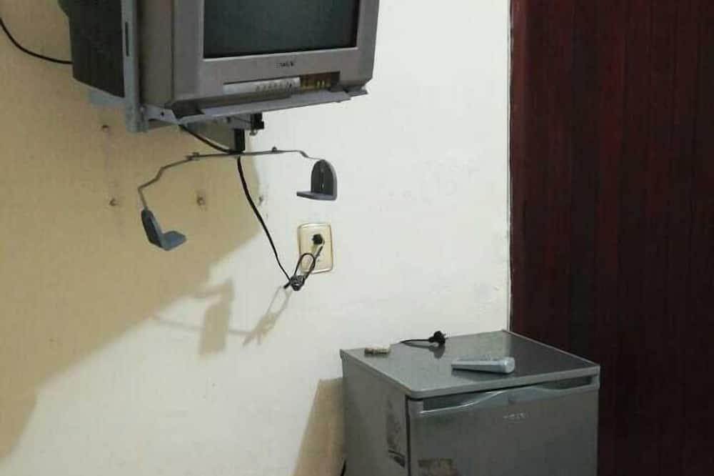 Quadruple Room - Televisyen