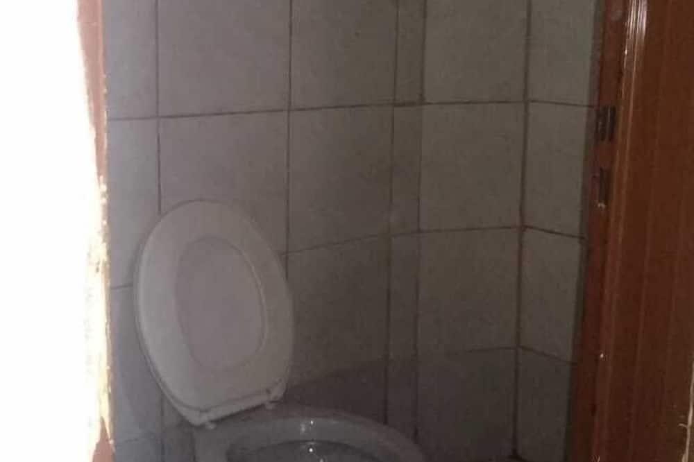 Economy Single Room - Bathroom