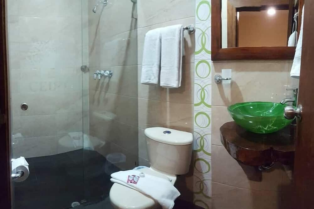 Familien-Vierbettzimmer, 2Doppelbetten - Badezimmer