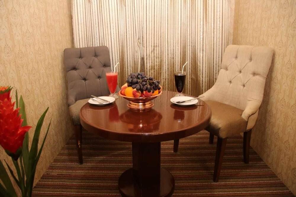 Phòng đôi Deluxe - Ăn uống tại phòng