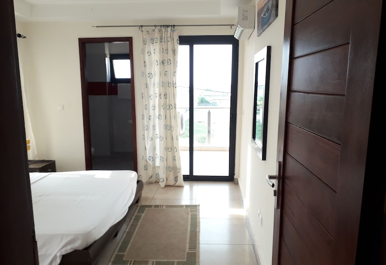 Residence Tilleul 3, Grand-Bassam, Room