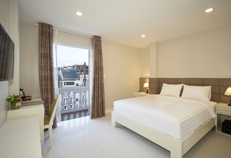 Sunshine Boutique Hotel Phu My Hung, Ho Chi Minh City, Suite Balcony City View, Guest Room View