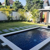 3-Bedroom Villa with a Private Pool - Piscina particular