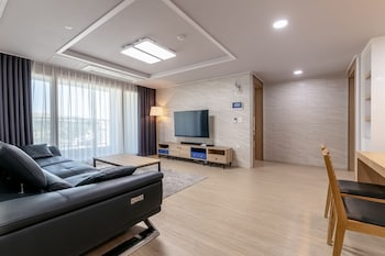 Picture of Residence Hotel Eden Stay in Geoje